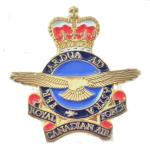 Photo of 18687 - RCAF Heraldic Crest Lapel Pin