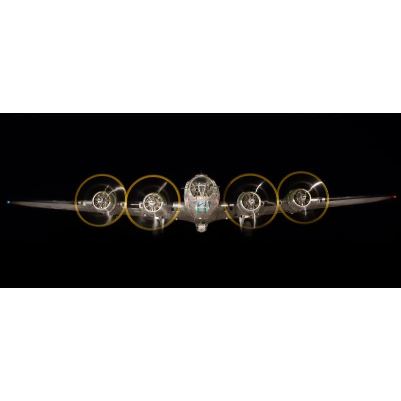 Product Photo of 25817 - B-17 Flying Fortress Night Shoot Photograph