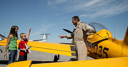 Canadian Warplane Heritage - Pilot with children Photo